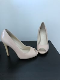 Nine West nude pumps peep toes size 5.5 Toronto, M9C 1B8