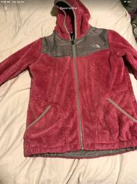 Northface jacket ((Girls Large.)) Little Rock, 72223