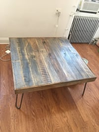 Gorgeous reclaimed wood coffee table New York, 10009