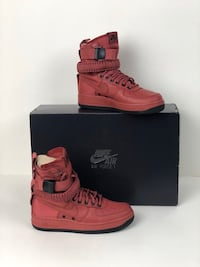 Nike SF AF1 High Top Black/Red wmns 6.5