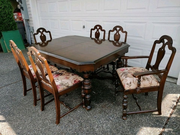 Antique Walnut Dining Table Chairs