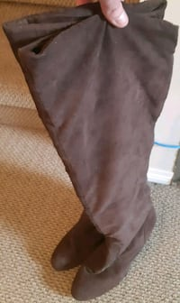 Ladies size 8 brown suede fashion boots Calgary, T2K 5S5