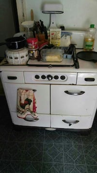 Heirloom quality Gas NORGE dual oven stove! Ellsworth, 04605