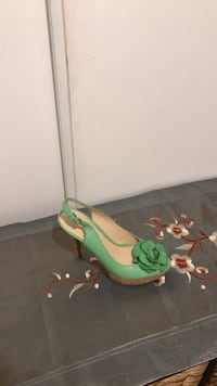 Nine west shoes size 7 worn once 552 km