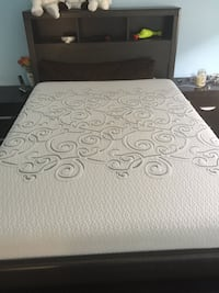 White and gray memory mattress and bed double size