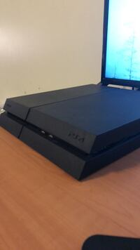 Black sony ps4 game console East Stroudsburg, 18301