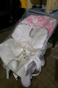 New baby girls booster seat Clarksville, 37042