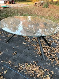 round black metal framed glass top patio table Lawrenceville, 30044