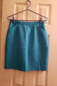 Skirt, turquoise. .size 12 Vaughan