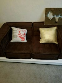 Brown couch  Lubbock