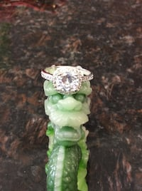 Gorgeous Sterling Silver and white topaz. Elk Grove, 95624