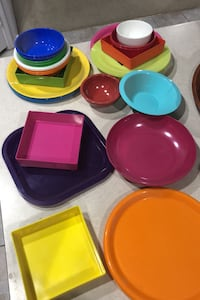 colored plates and bowls