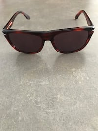 Genuine CK sunglasses unisex like new  Mississauga, L5M 0R7