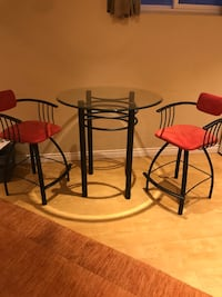 Bar table& 2 chairs Vaughan, L4J 5H1