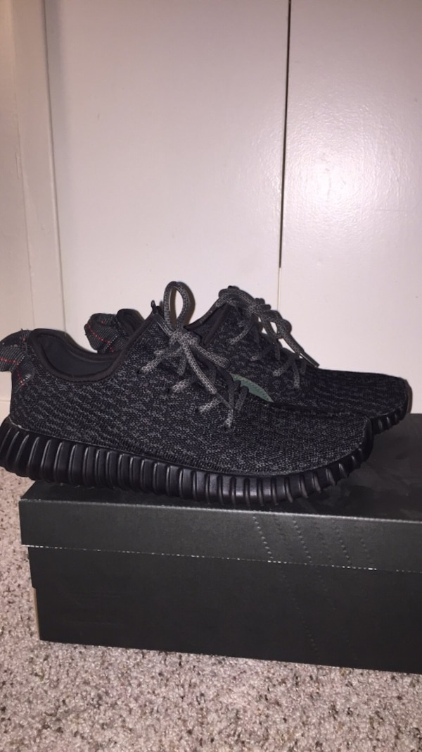 Adidas Yeezy Boost 350 v1 Pirate Blacks size 8 643f17254