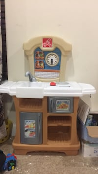 white and brown wooden kitchen playset Ashburn, 20148