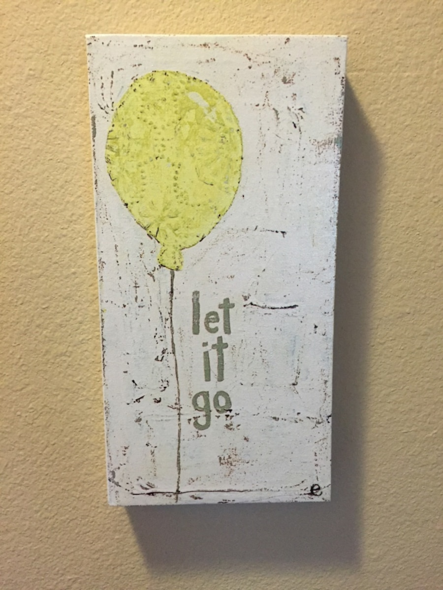 Used let it go balloon illustration wall decor in Salem