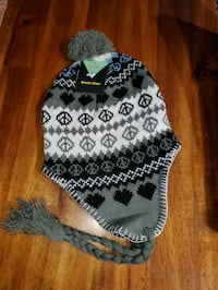 Winter Hat brand new $4.00 Toronto, M3M 2E9