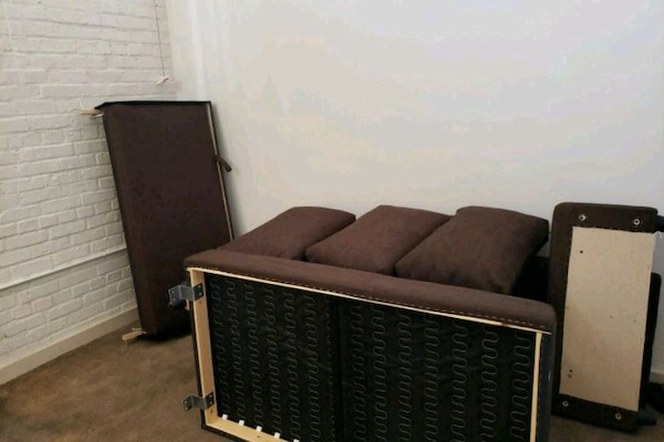 Couch bed w/storage
