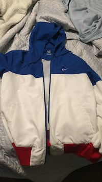 Blue and white zip-up Nike jacket Toronto, M6A 1J1
