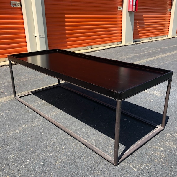 Coffee Table  2db3d572-2fa9-496c-802e-008d4b04bd8c