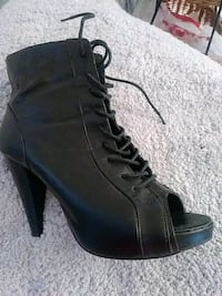 Sexy black lace up/zipper Madden Girl size 10 boot Camden County, 08012