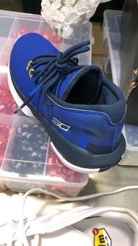 Steph Curry 3C runners Surrey, V4N 0Z5