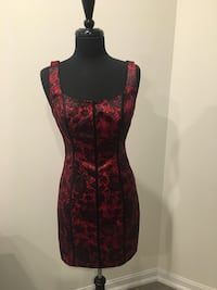 Sexy red dress size 8 Oakville, T1Y
