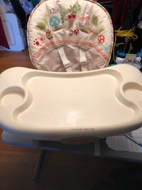 Fisher price  booster seat  Montgomery Village, 20886