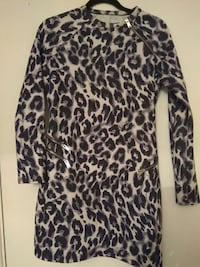 black and white animal-print long-sleeved dress
