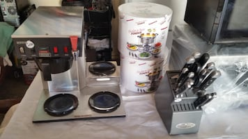 3- Pot Industrial Coffee Maker for Sale