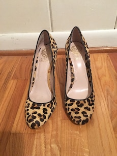 Pair of leopard print stilletto