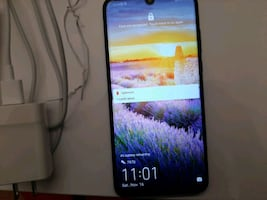 MUST GO NOW!!!  $250!!! HUAWEI P30 LITE