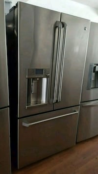 GE CAFE COUNTER DEPTH FRENCH DOOR REFRIGERATOR  Long Beach, 90815