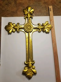 Gold cross  Breaux Bridge, 70517