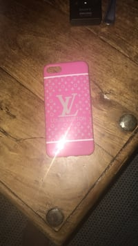 rosa og hvitt Louis Vuitton iPhone-etui Saupstad, 7097