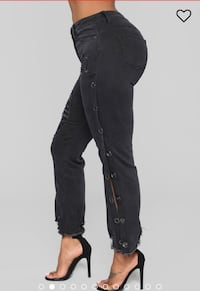 Snap Button Distressed Mid Rise Jeans - Size 9 Waterloo