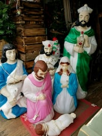 Blow mold nativity  scence  (empire) Hagerstown, 21740