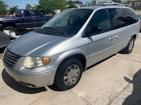 Chrysler - Town and Country - 2005 Las Vegas