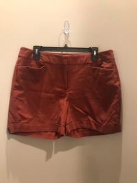 Women's shorts. S 14. $5 for all 663 mi