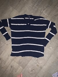 Gap Long sleeve stripped shirt / medium