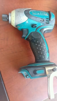 blue and black Makita cordless hand drill Hamilton, L8T