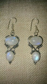 New silver overlay moonstone earrings Montreal, H8T