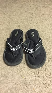 black Champion flipflops Edmonton, T5K