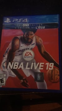 NBA LIVE 19 *ps4* mint condition