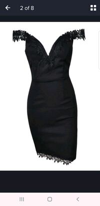 size M, black dress