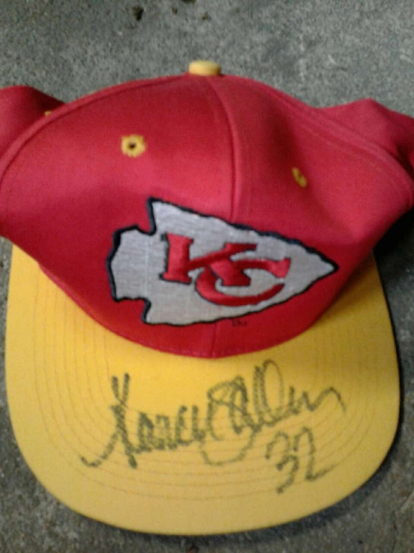 1bd15a53e8c Used Autographed chiefs hat for sale in Oklahoma City - letgo
