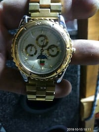 round silver chronograph watch with link bracelet North Las Vegas, 89030