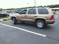 2000 Dodge Durango. 4WD 4 doors 3 rd row seat 145K Falls Church, 22046