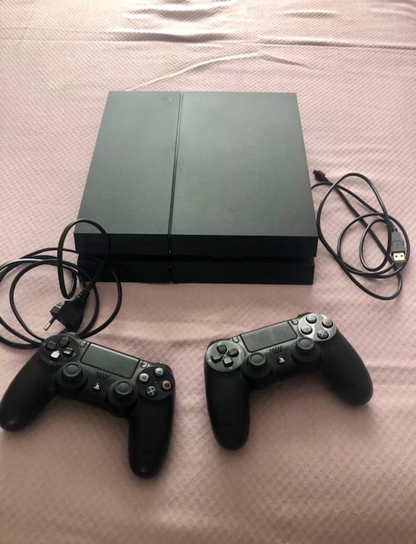 Playstation 4  0